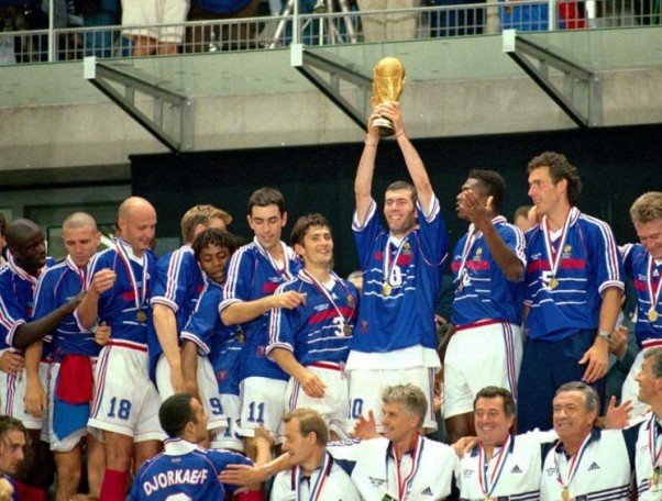 Le 12 juillet 1998, la France remporte la Coupe du Monde de football