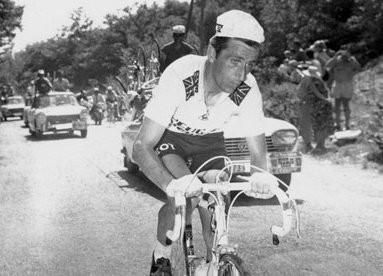 13 juillet 1967, Tom Simpson s'effondre sur les pentes du Ventoux