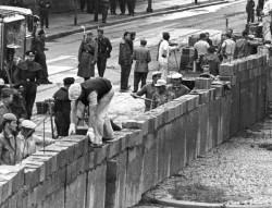 Le 12 août 1961 démarrait la construction du mur de Berlin
