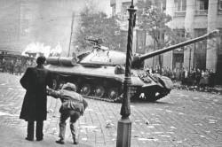 Le peuple Hongrois se soulève pour la liberté